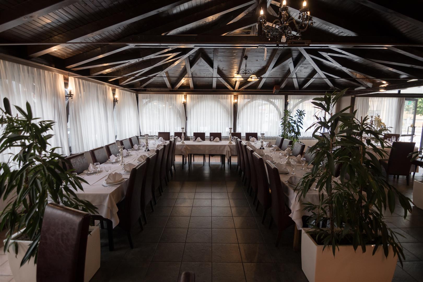 Mali raj - Restoran 18